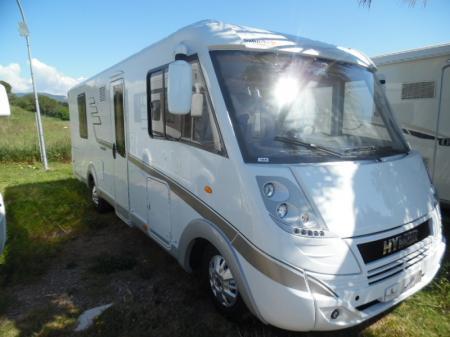 camping car HYMERMOBIL CLASSIC I I698 modele 2016