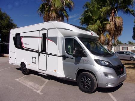 camping car BURSTNER LYSEO T 734 PRIVILEGE  modele 2018