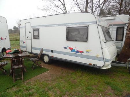 caravane BURSTNER CLUB  4724 TS modele 1998