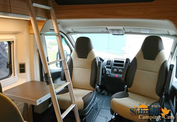 camping car occasion hymercar ayers rock 540 van occasions camping cars. Black Bedroom Furniture Sets. Home Design Ideas