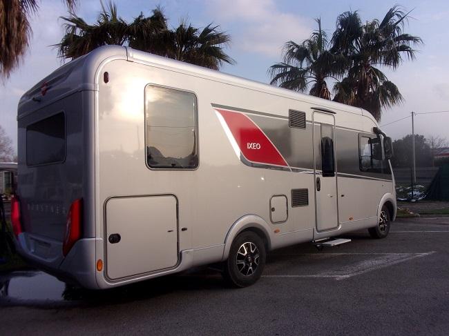 camping car neuf burstner ixeo i 744 integral camping car neuf. Black Bedroom Furniture Sets. Home Design Ideas